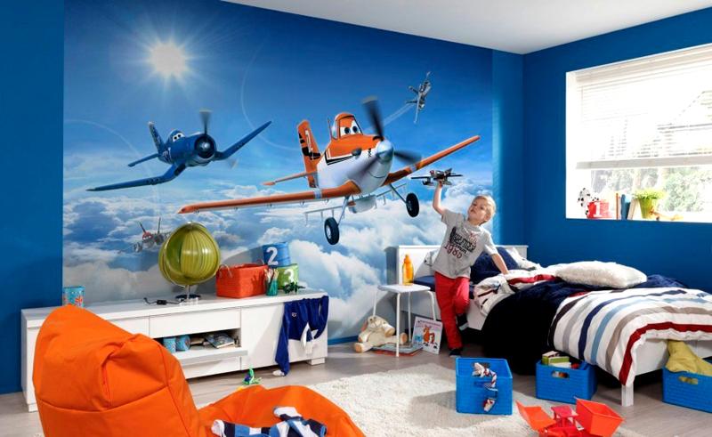 Для детского интерьера идеально подходят мотивы из известных мультфильмов