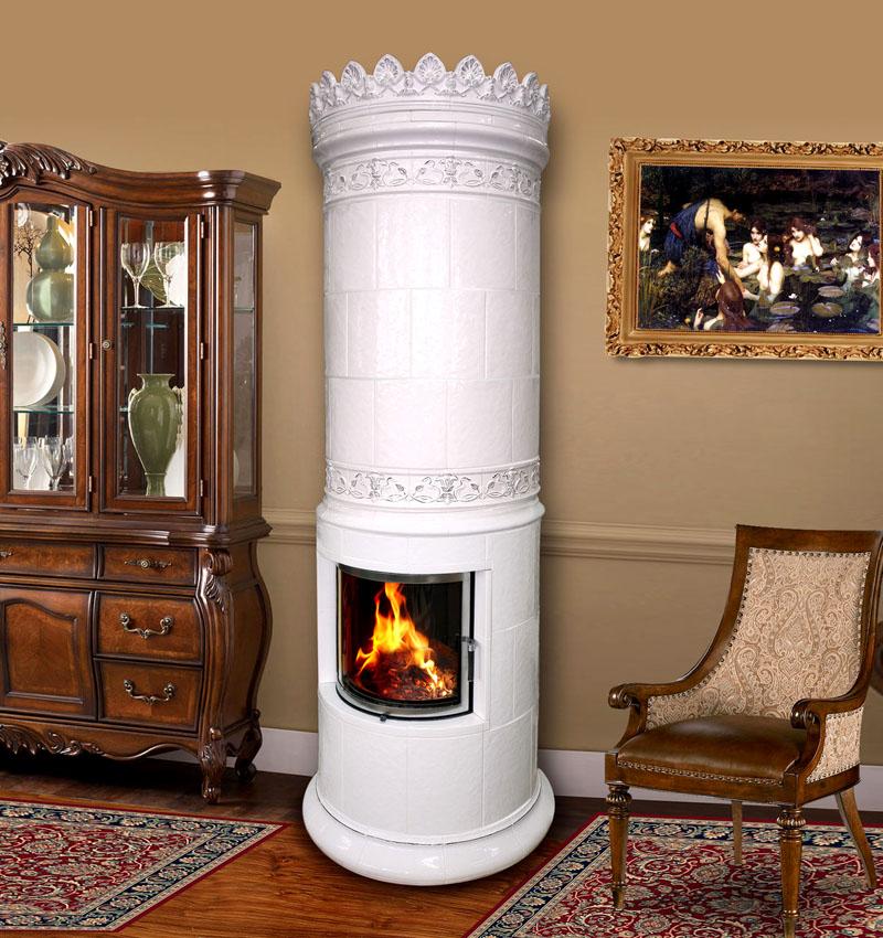 Комбинированный дровяной камин. Внутренняя часть изготовлена из стали, наружная отделка – красивые и долговечные керамические изразцы