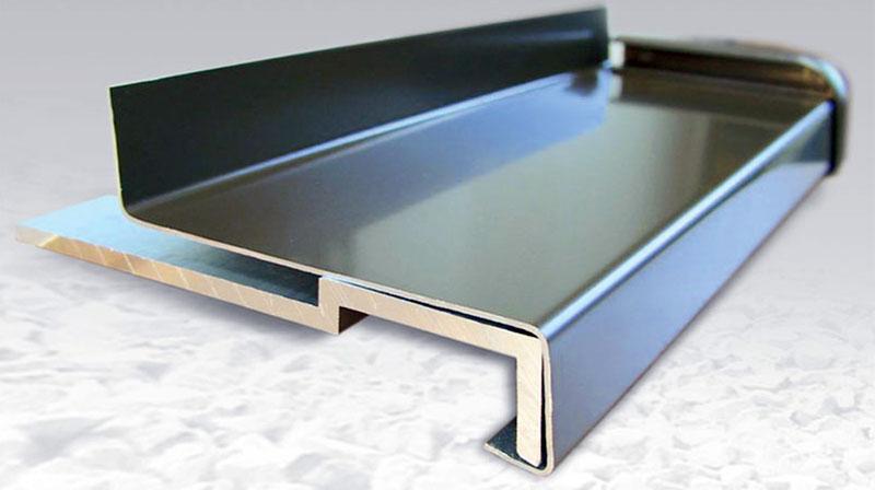 Алюминиевый отлив для окна