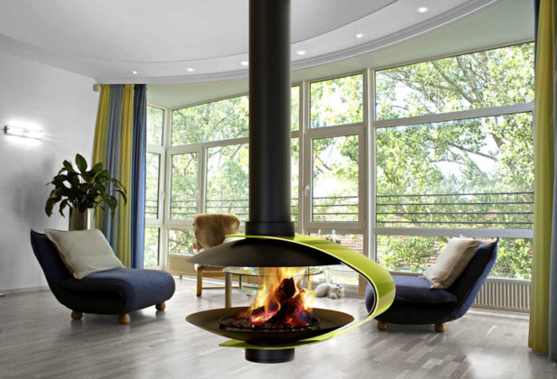 Открытое пламя в соответствующем оформлении хорошо соответствует ультрасовременному стилю