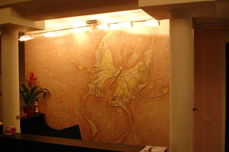 При помощи такого материала можно создавать различные рисунки на стене