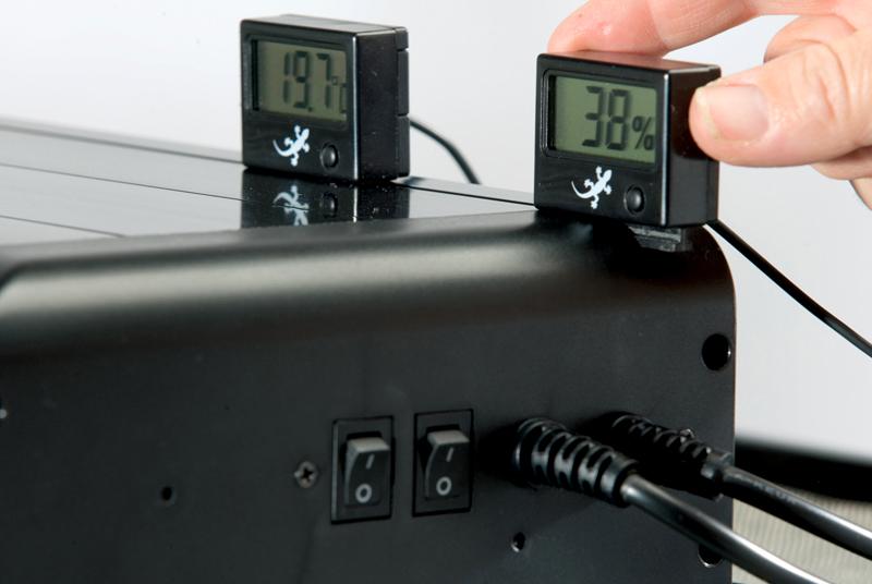 Термометр в автомобиле