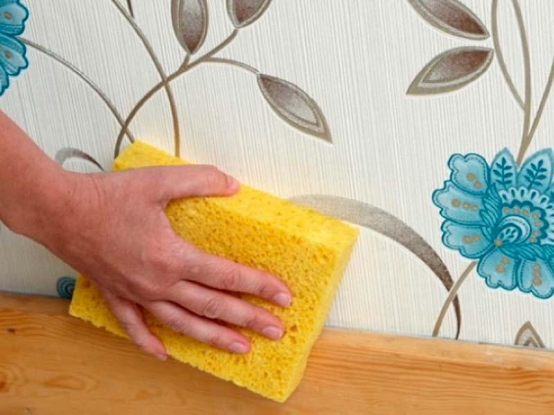 Супермоющиеся можно очистить с помощью губки