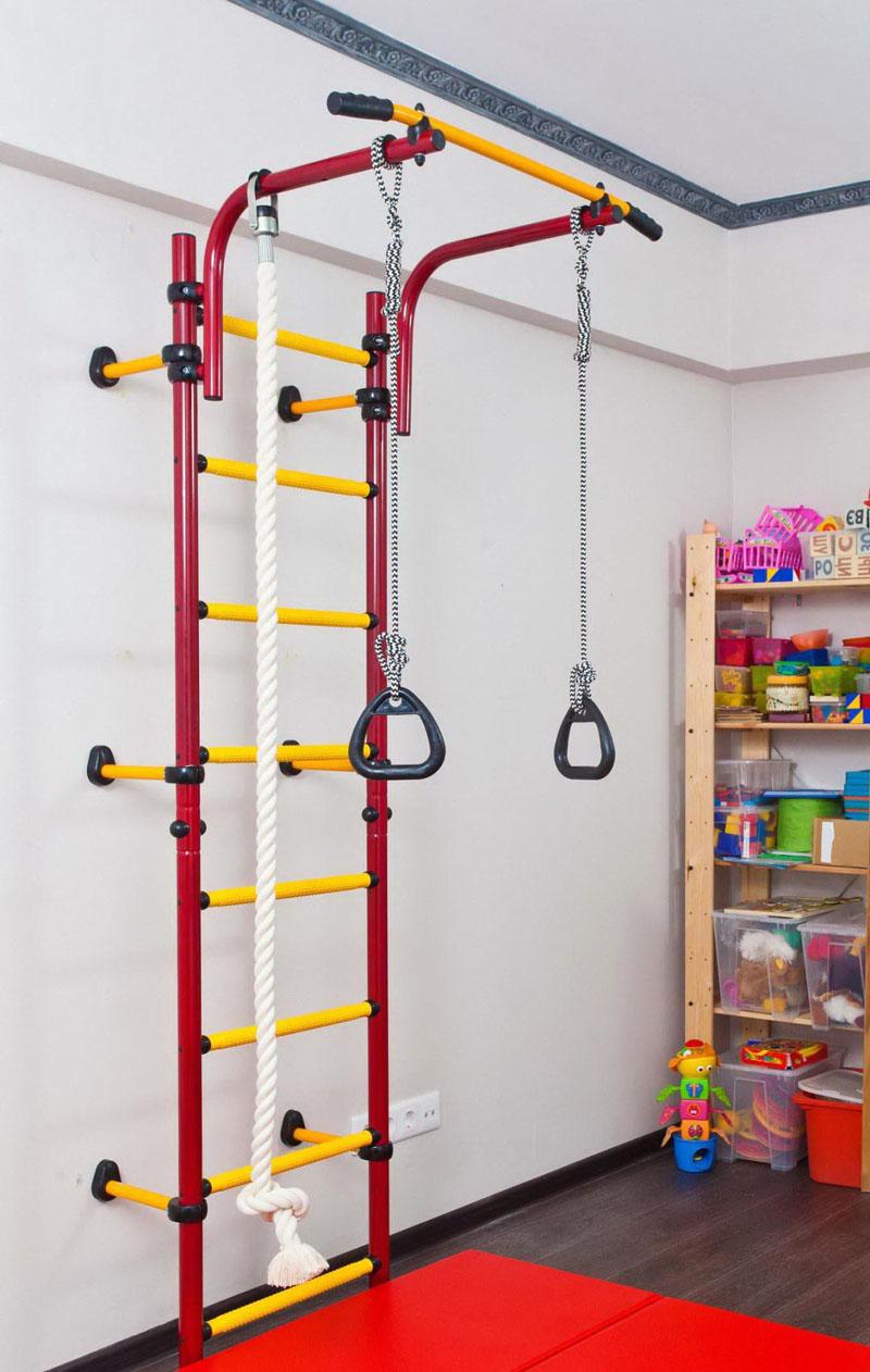 Для монтажа навесной конструкции не требуется много площади, достаточно небольшого участка стены
