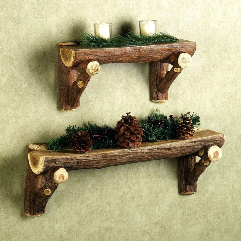 Полка из необработанного дерева подойдёт для деревенского стиля