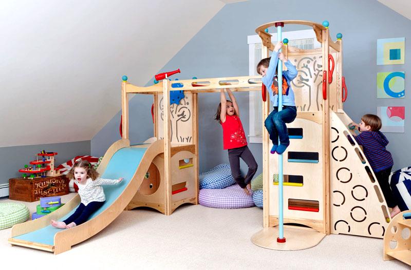 Малыши по достоинству оценят увлекательный комплекс, изготовленный из дерева