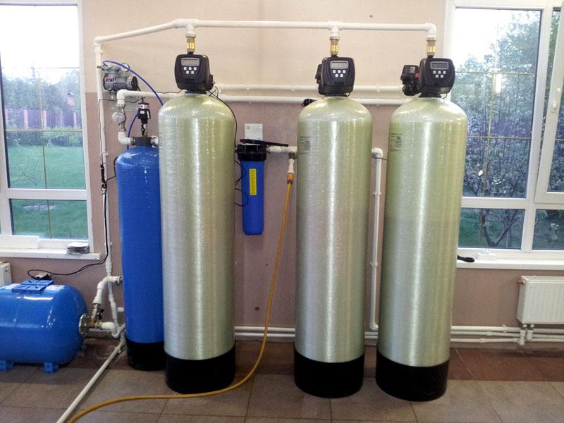 Компактная домашняя система для обработки воды