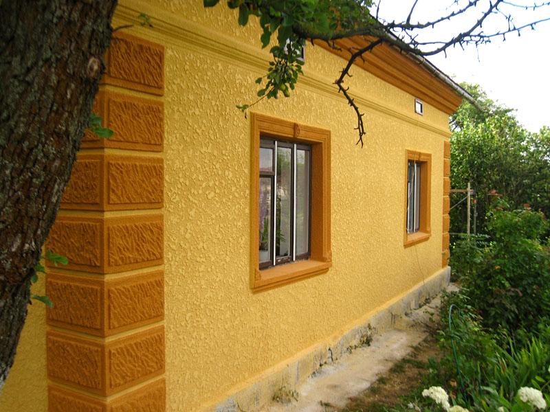 Фасадная морозостойкая краска для наружных работ может применяться во всех регионах нашей страны