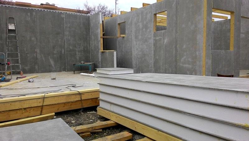 Сооружение дома из СИП-панелей (ЦСП)