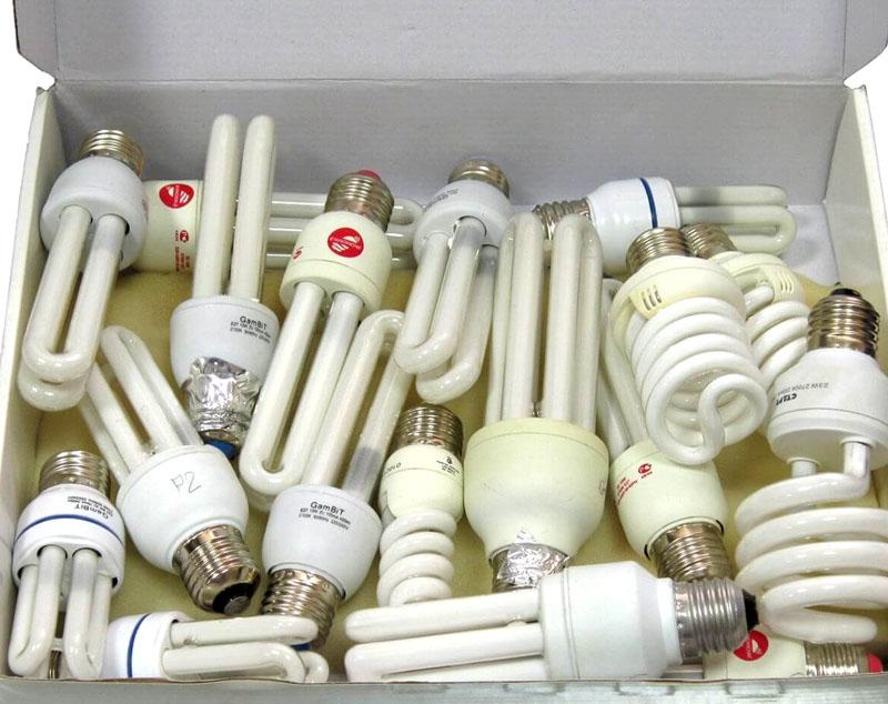 Люминесцентные лампы требуют специальной утилизации, в отличие от светодиодных