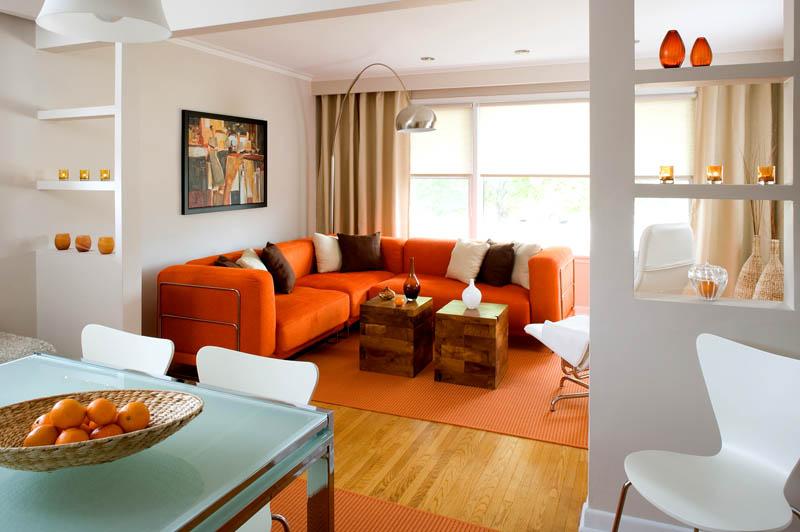 Пример акцентного использования мебели в гостиной