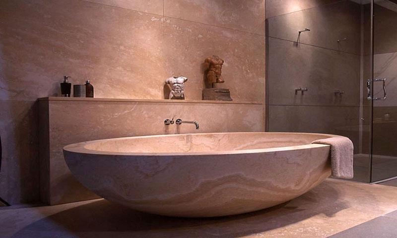 Каменная ванна джакузи – стильный элемент интерьера