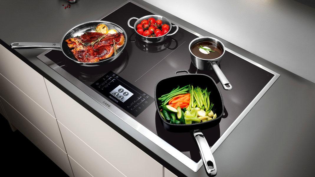 Индукционная варочная панель (плита): плюсы, минусы, рейтинги