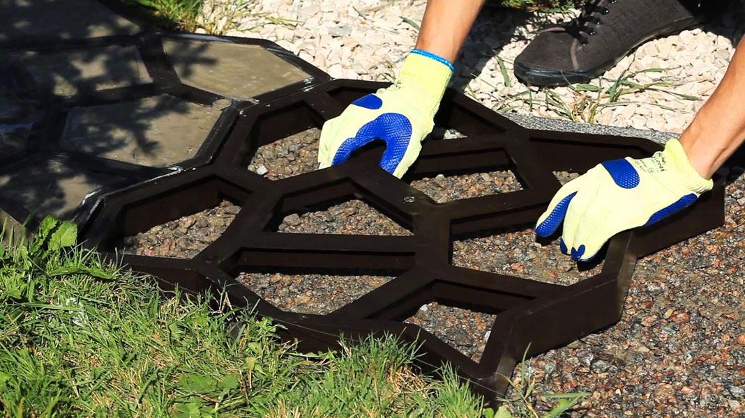 Как сделать своими руками тротуарную плитку?