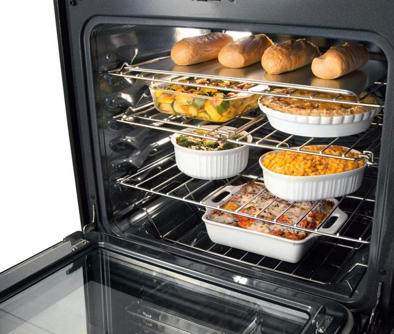 Основное преимущество – можно готовить несколько блюд