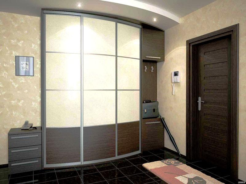 Встроенный шкаф-купе – вместительный и стильный предмет интерьера