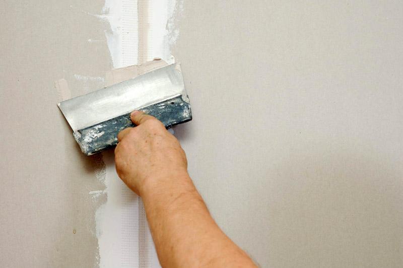 Ремонт стеновых дефектов перед шпаклёвкой