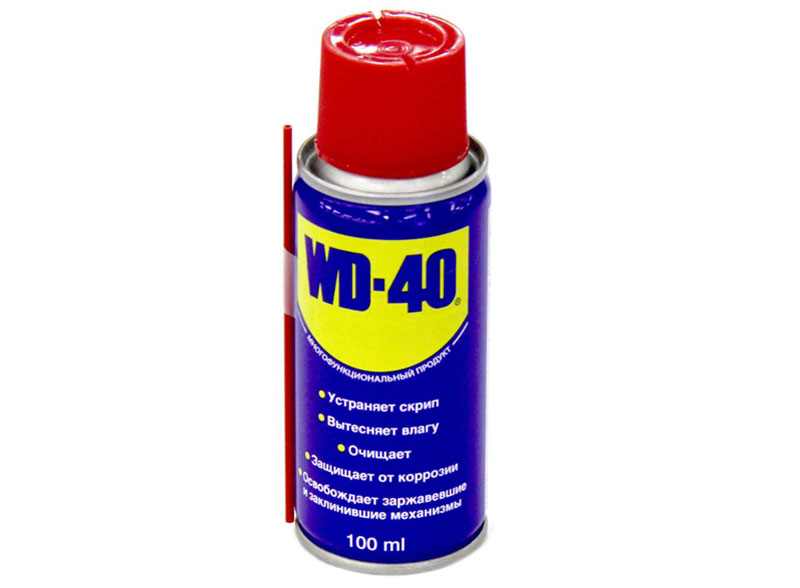 WD-40 для очистки чернил с поверхности