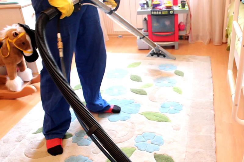 Покрытие рекомендуется очищать раз в несколько дней