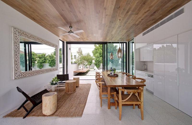 Внутренняя отделка летней кухни