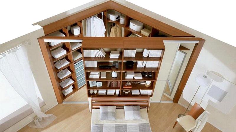 Треугольная форма позволяет изменить дизайн комнаты