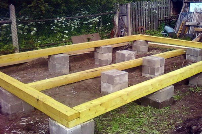 Монтаж столбчатого фундамента из блоков