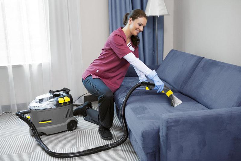 Для очистки мебели следует взять специальную насадку