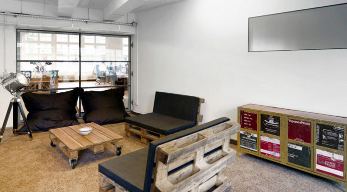 Креативный интерьер за копейки, или Как сделать мебель из поддонов с фото