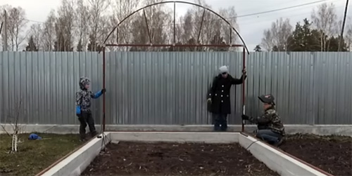 Парник из поликарбоната своими руками: как сделать прочную конструкцию по всем правилам