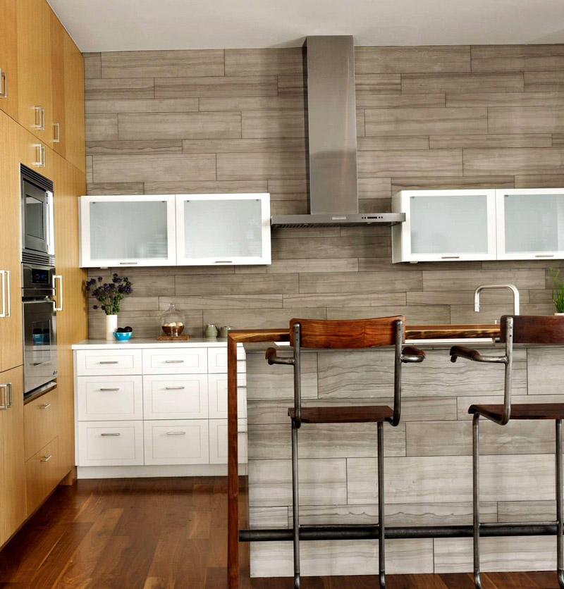 Следуя современным тенденциям в мире дизайна: панели стеновые для кухни, их виды и особенности выбора