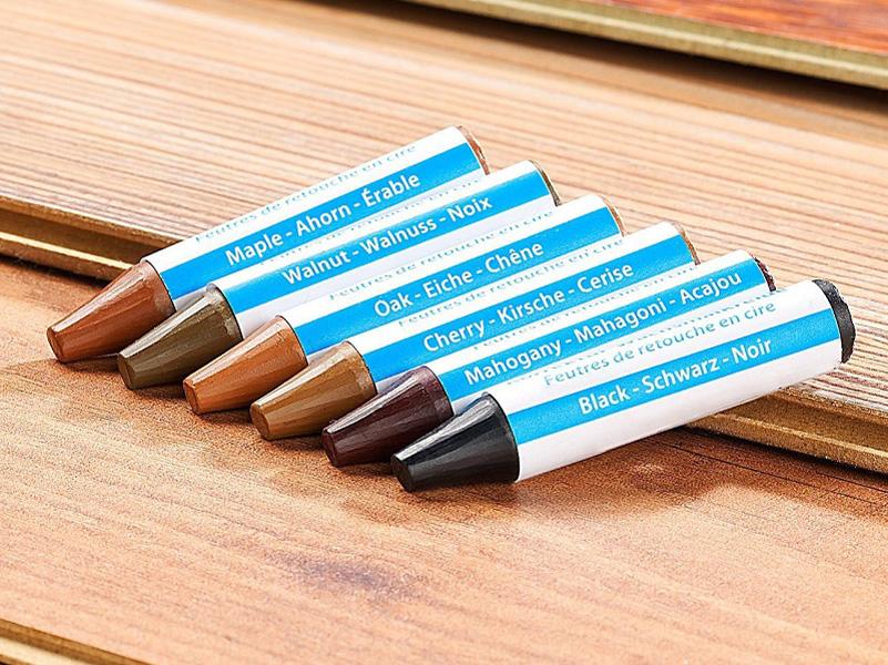 Основное условие для использования карандаша: он должен точно совпадать с цветом повреждённого фасада