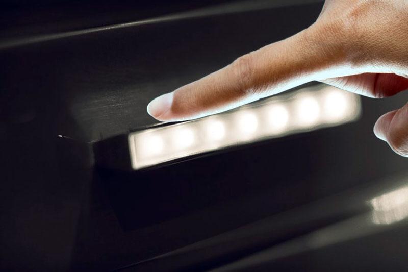 Сенсорные модели с подсветкой наружной части