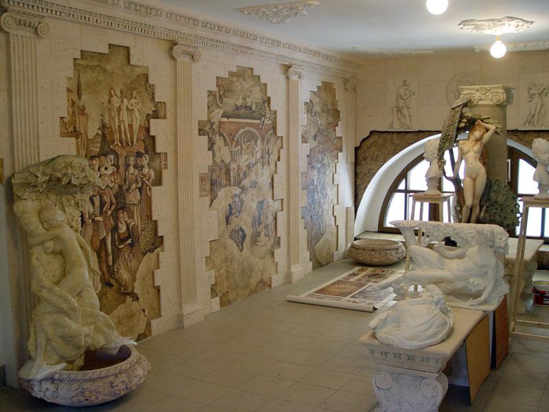 Любите искусство Древней Греции? Почему бы не использовать его в оформлении своей гостиной или спальни?