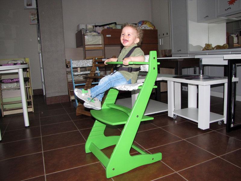Удобно сидеть за столом любой высотына растущем стуле «Вырастайка»