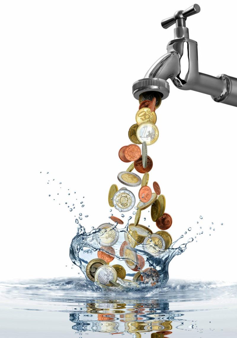 Деньги утекают, как вода – это уже не только фигура речи