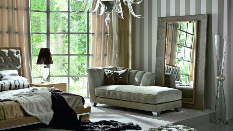В спальне на кушетке можно прилечь для кратковременного отдыха