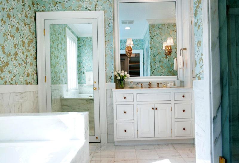 10 секретов только для тех, кто выбирает двери в ванную комнату и туалет