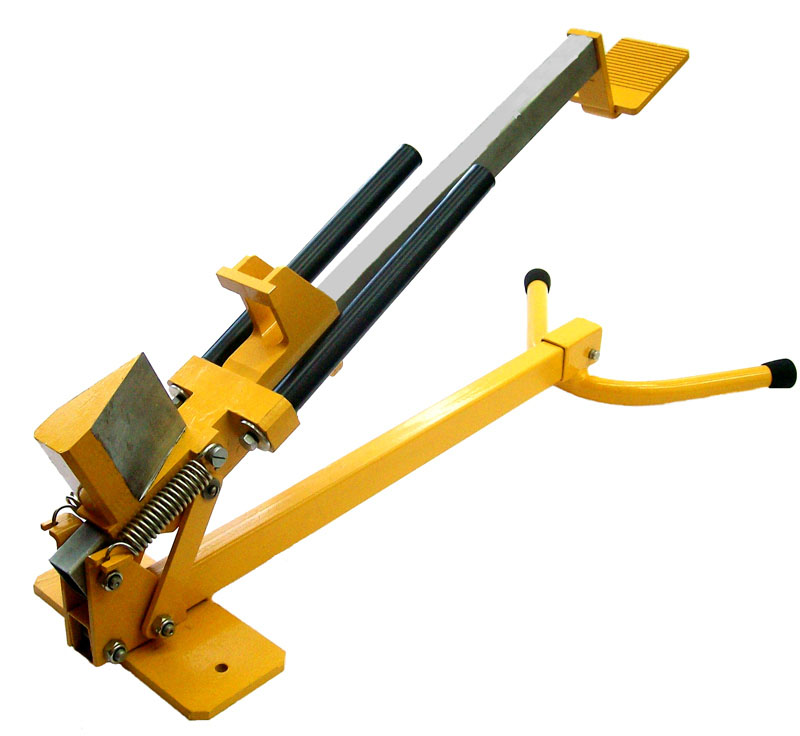 Инструмент для колки дров с ножной педалью