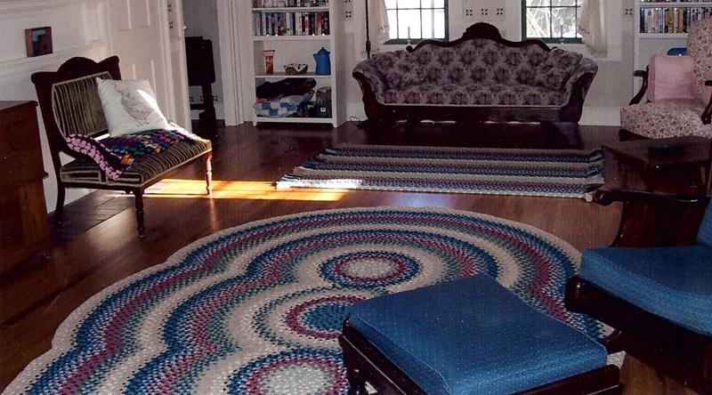 Вяжем коврики крючком из старых вещей видео