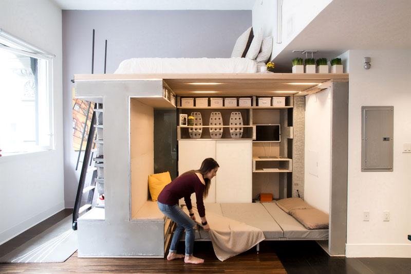 Самый простой вариант – использовать специальную складную и задвигающуюся мебель