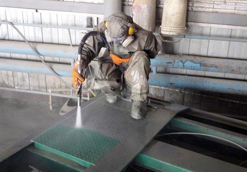 Обработка металла пескоструйным аппаратом