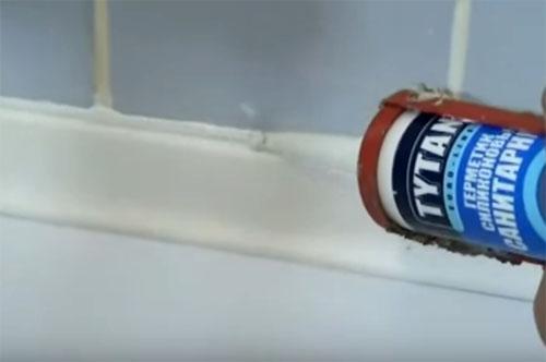 Будьте внимательны при выборе акрилового вкладыша в ванну