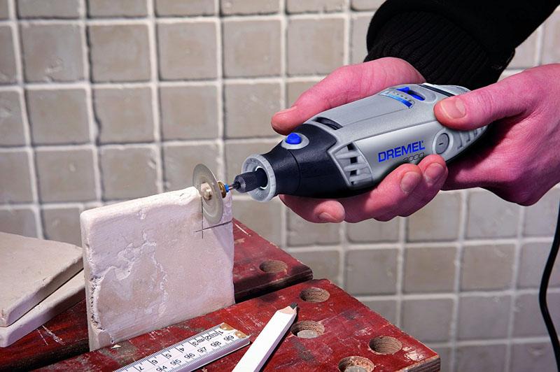 «Dremel 3000» поможет в укладке половой или стеновой плитки