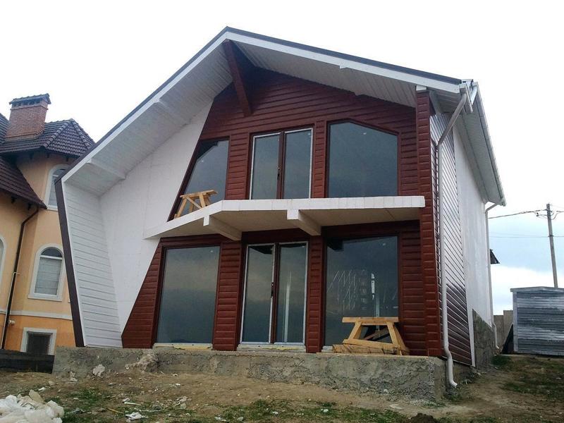 Форма здания при таком строительстве может быть совершенно непредсказуемой – всё зависит от фантазии проектировщика