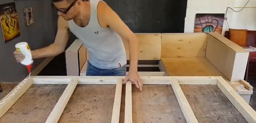 Диван своими руками: фото моделей, варианты изготовления и стандарты