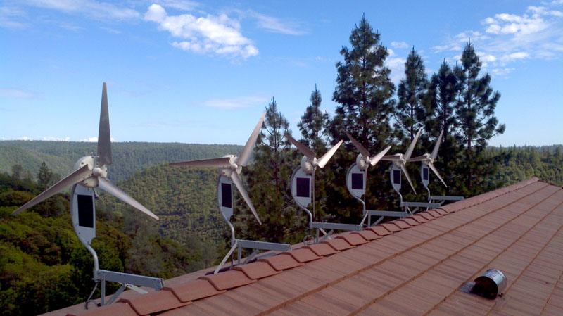 А так устанавливаются на крыше частного дома ветряки