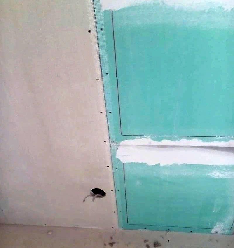 Панели могут быть размещены как на стенах, так и на потолке. Располагать панели лучше в зависимости от расстановки мебели