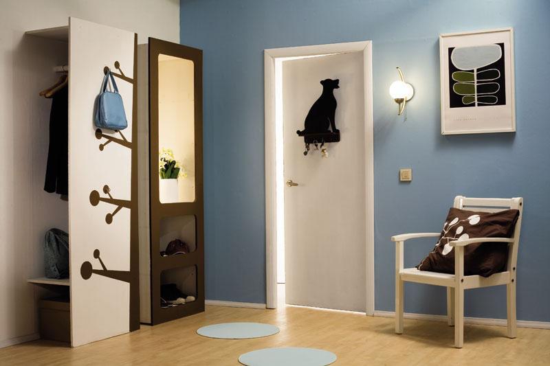 Необычное украшение для входной двери