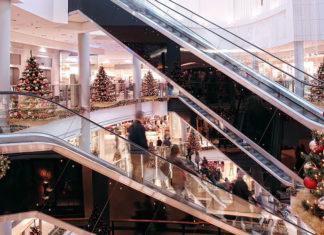 Новогоднее украшение магазинов и торговых центров