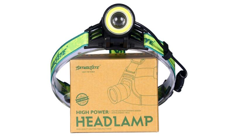 Налобный фонарь – отличное решение для работ в плохо освещённых местах, монтажа проводки, ситуациях, когда необходима хорошая освещенность